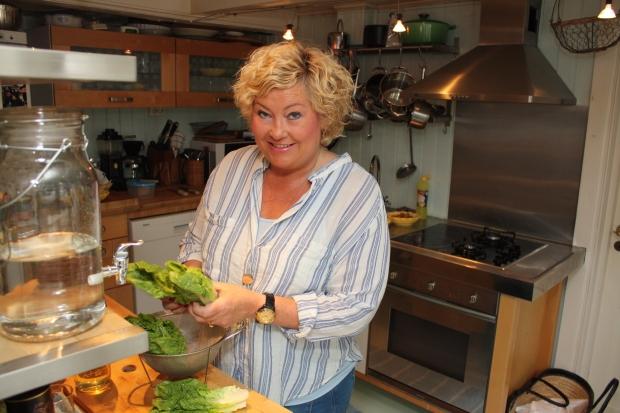 1 Salater er jentemat, sier Barbro Simonsen