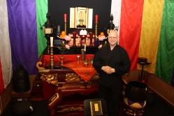 1 Tempelet begynner å bli litt for lite for buddhistmenigheten