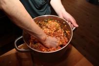 5 Hendene er det beste redskap for matlaging - men man kan selvsagt også bruke kjøkkenmaskin