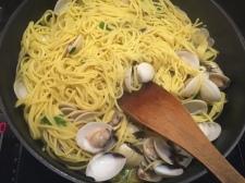 Bland inn spaghettien og finhakket persille