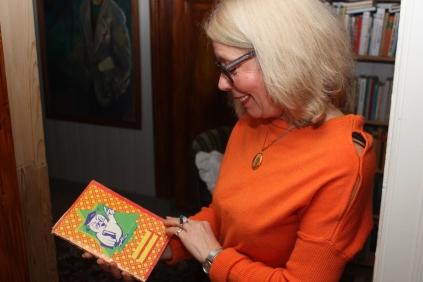 Denne oppskriftsboka var alt hun vikke med seg fra Kosovo