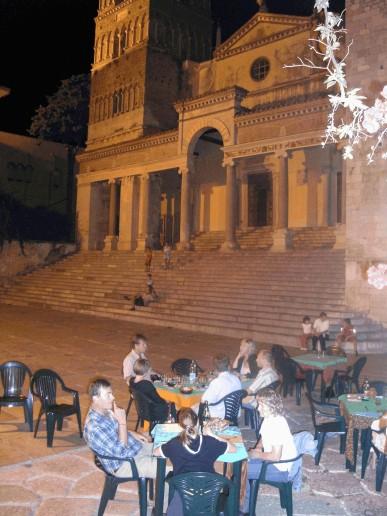 Spaghetti alle vongole hos Marisa for 12 år siden, servert på Via Appia Antica