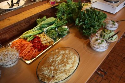 Ferske grønnsaker og nudler er et must i asiatisk mat