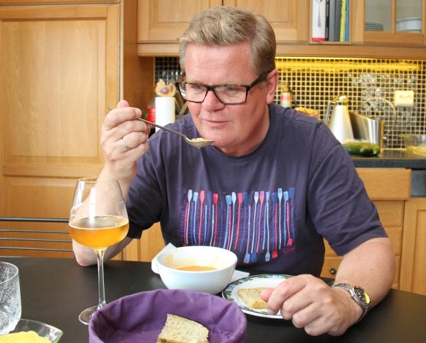 Harald Furre konstaterer at suppa ble som den skulle - denne gangen også Foto Marte Krogstad.jpg