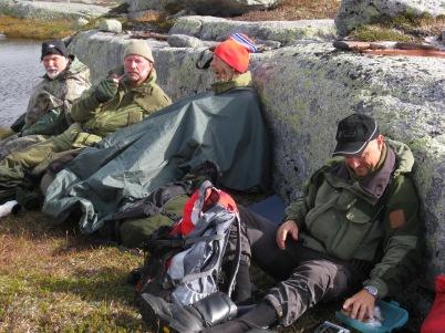 2 Karene er alltid tidlig oppe. Litt for tidlig, kanskje Fra venstre Kjell Stangborli, Arild Pedersen, Alf Inge Helle, Rune Berentsen Foto Stetten